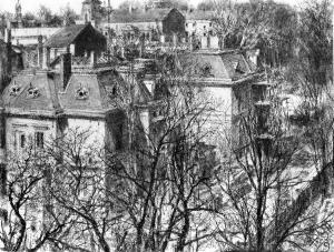 光秃秃的树后面的房子_Houses Behind Leafless Trees-阿道夫·门采尔